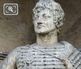 Aile de Rohan-Rivoli Joachim Murat statue by artist Victor Peter