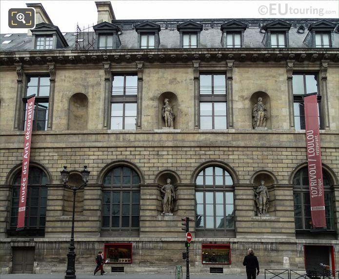 Aile de Rohan-Rivoli facade with Joachim Murat statue