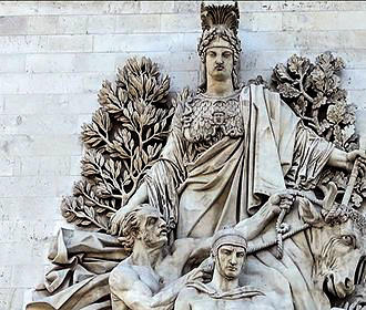 Detailed Statues At The Arc de Triomphe