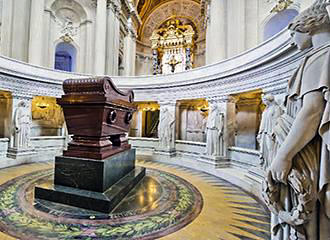 Tomb Of Napoleon Bonaparte I Les Invalides