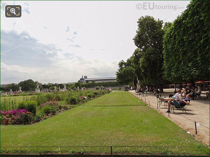 Demi-Lune Carre De Fer Nord In Jardin Des Tuileries Looking South West