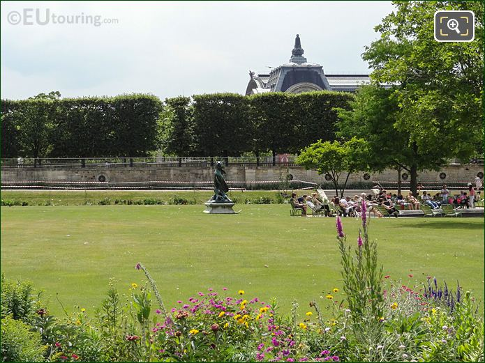 Grand Reserve Sud Flowers In Jardin Des Tuileries Looking South West