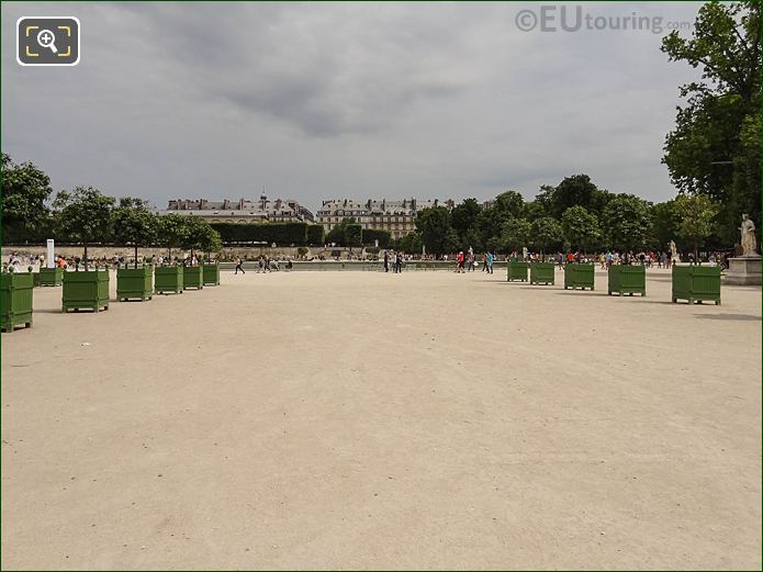 Fer A Cheval Jardin Des Tuileries Looking NNE
