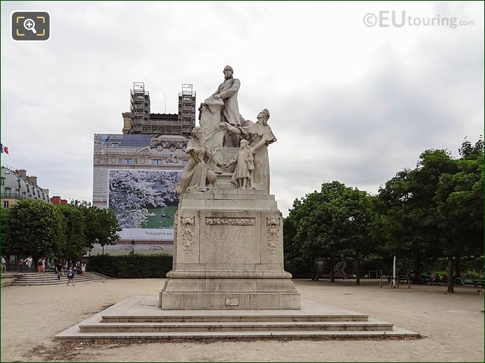 Jules Ferry Monument Jardin Des Tuileries Looking SE
