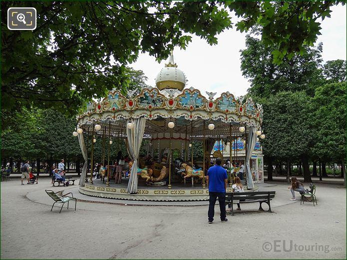 Merry-go-round In Jardin Des Tuileries