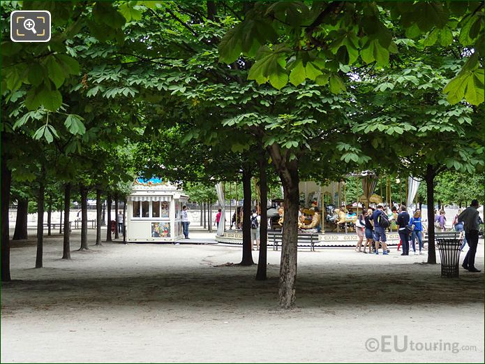 Carousel Grand Couvert Area Jardin Des Tuileries Looking N