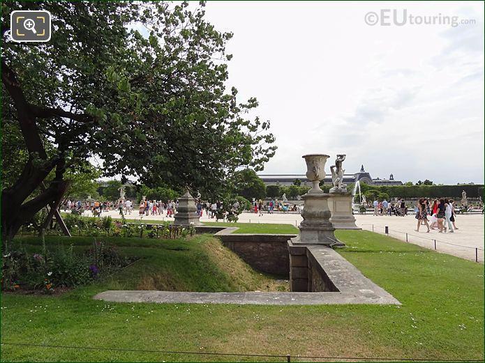 Demi-lune Reserve Nord Jardin Des Tuileries Looking SSW