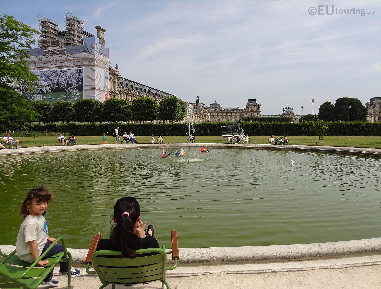 NE model sailing boat pond inside Jardin des Tuileries - Page 47