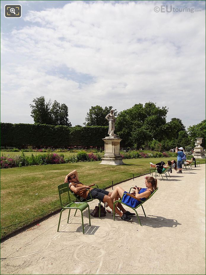 Demi-lune Carre De Fer Sud Jardin Des Tuileries Looking NW