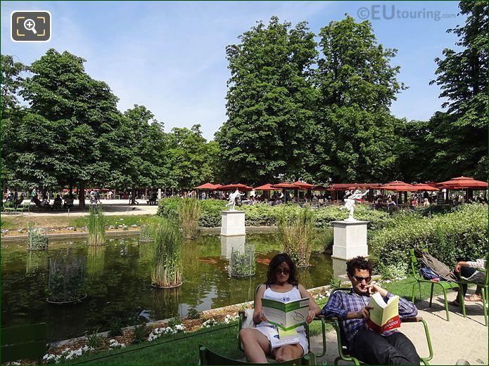 Exedre Sud Jardin Des Tuileries Looking NNE