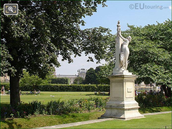 Demi-lune Reserve Nord Area Jardin Tuileries Looking SE