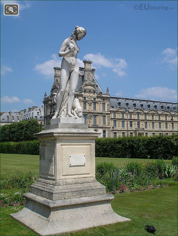 NE Grille Lemonnier Area Jardin Tuileries Nymphe statue