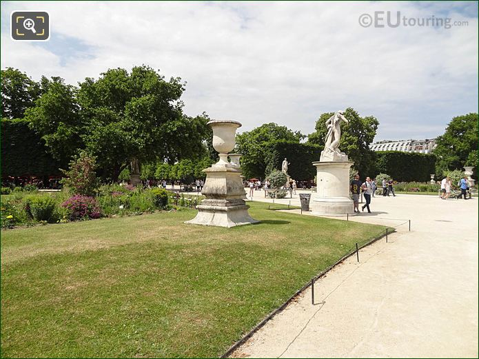 Demi-lune Carre De Fer Sud Jardin Des Tuileries Looking NNW