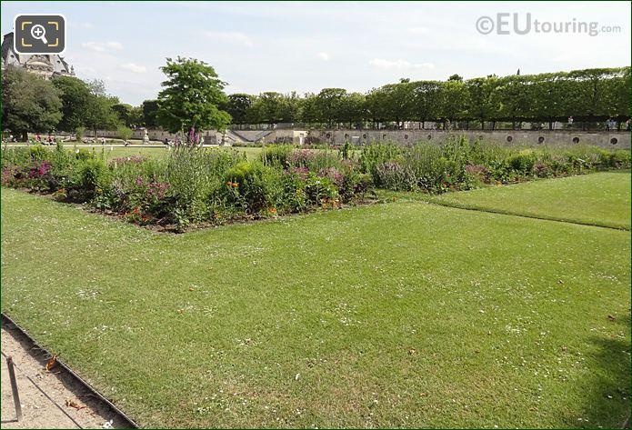 Carre De Fer Sud Garden Inside Jardin Des Tuileries Looking South, South East
