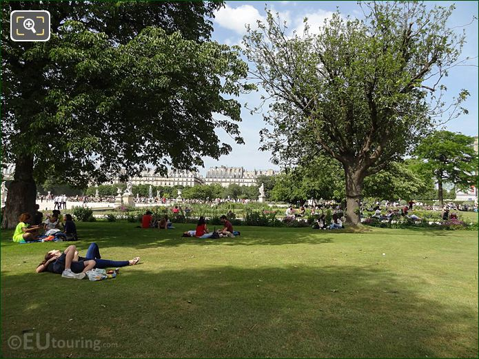 Petit Reserve Sud In Jardin Des Tuileries Looking NNE