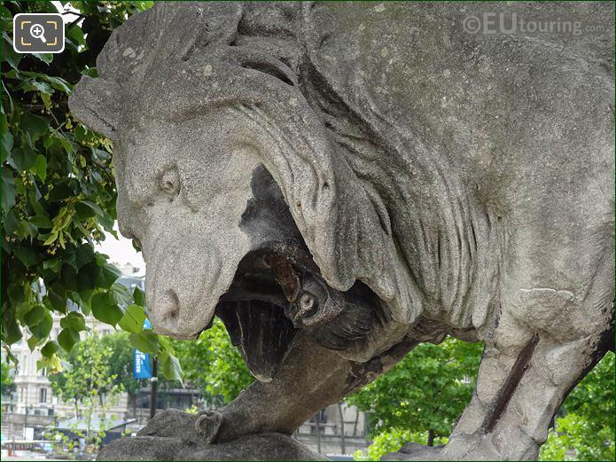 Lion Au Serpent Statue Jardin Tuileries Looking SW