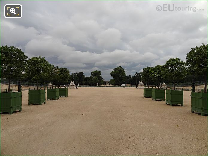 Fer A Cheval In Jardin Des Tuileries Looking South East