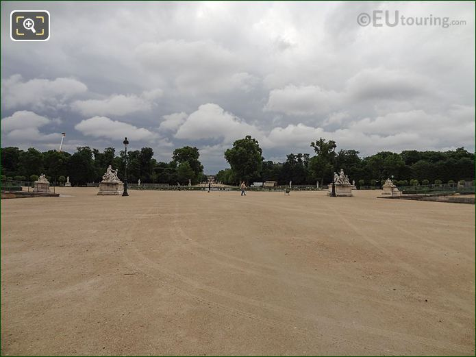 Fer S cheval With Allee Centrale In Jardin Des Tuileries Looking South East