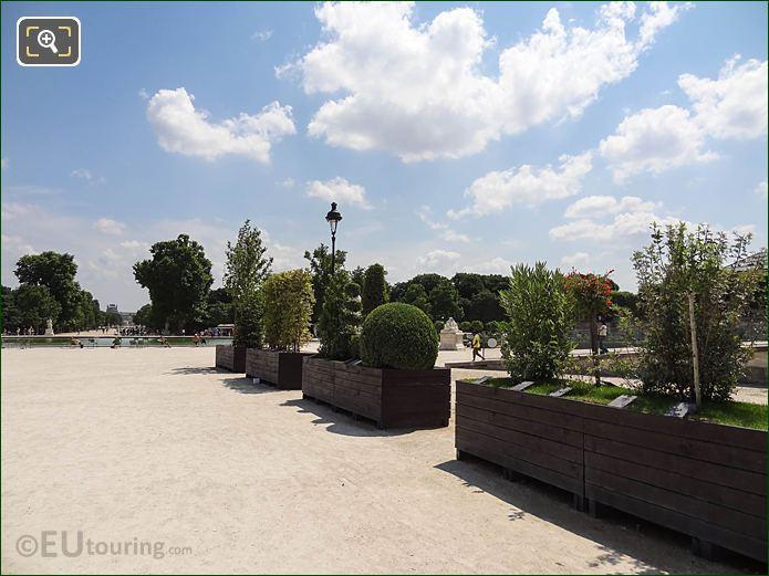 SE Wooden Plant Pots Fer A Cheval Area Jardin Tuileries