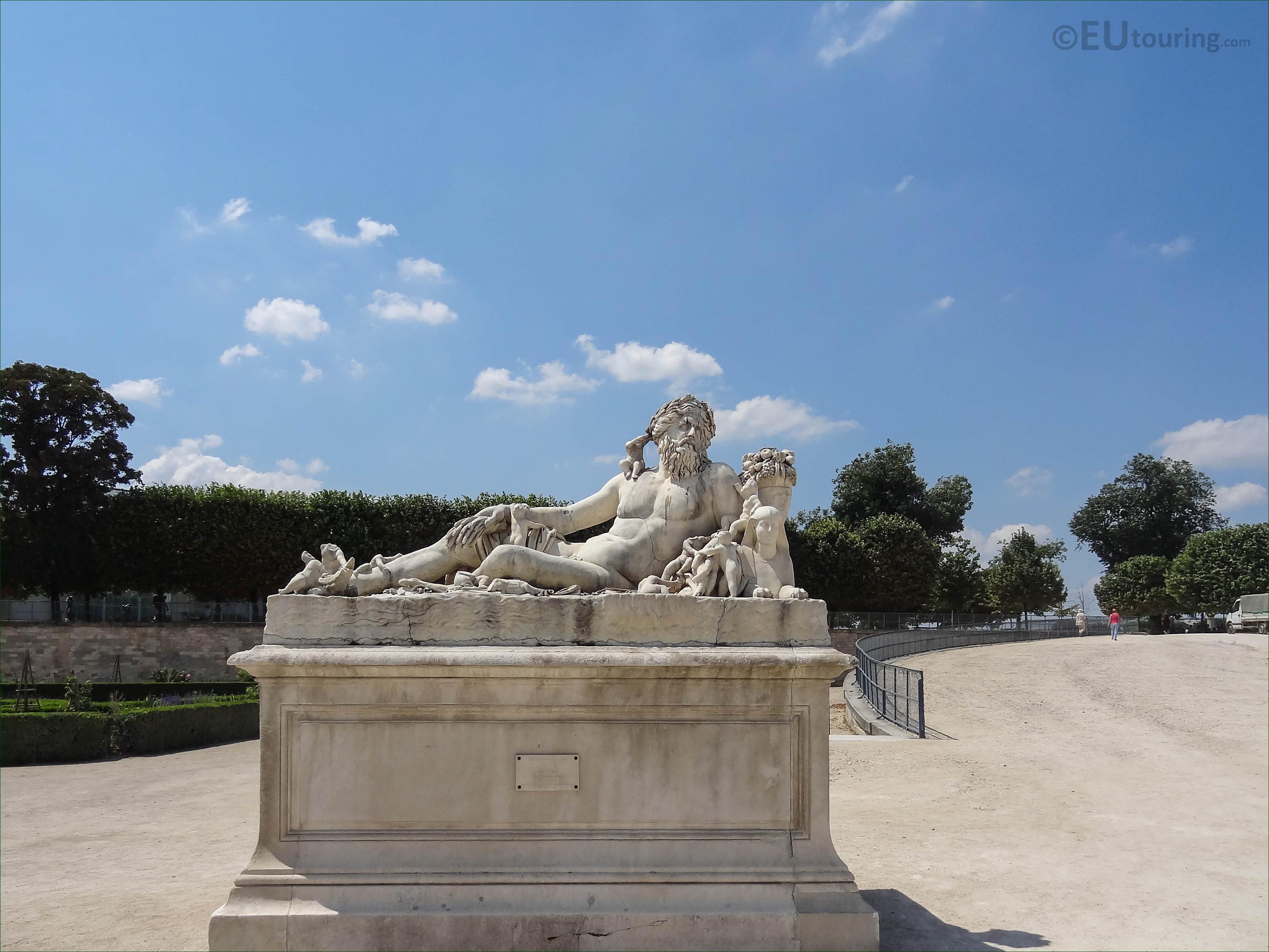 """Résultat de recherche d'images pour """"statue nil tuileries"""""""