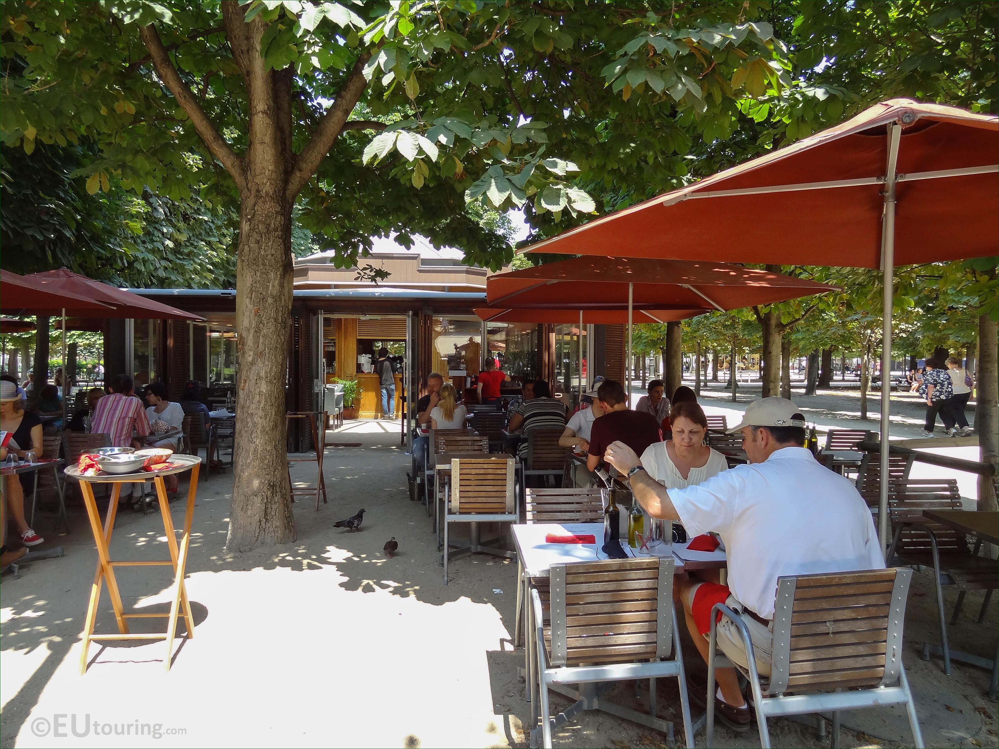 Le Medicis restaurant in Jardin des Tuileries looking NE Page 72