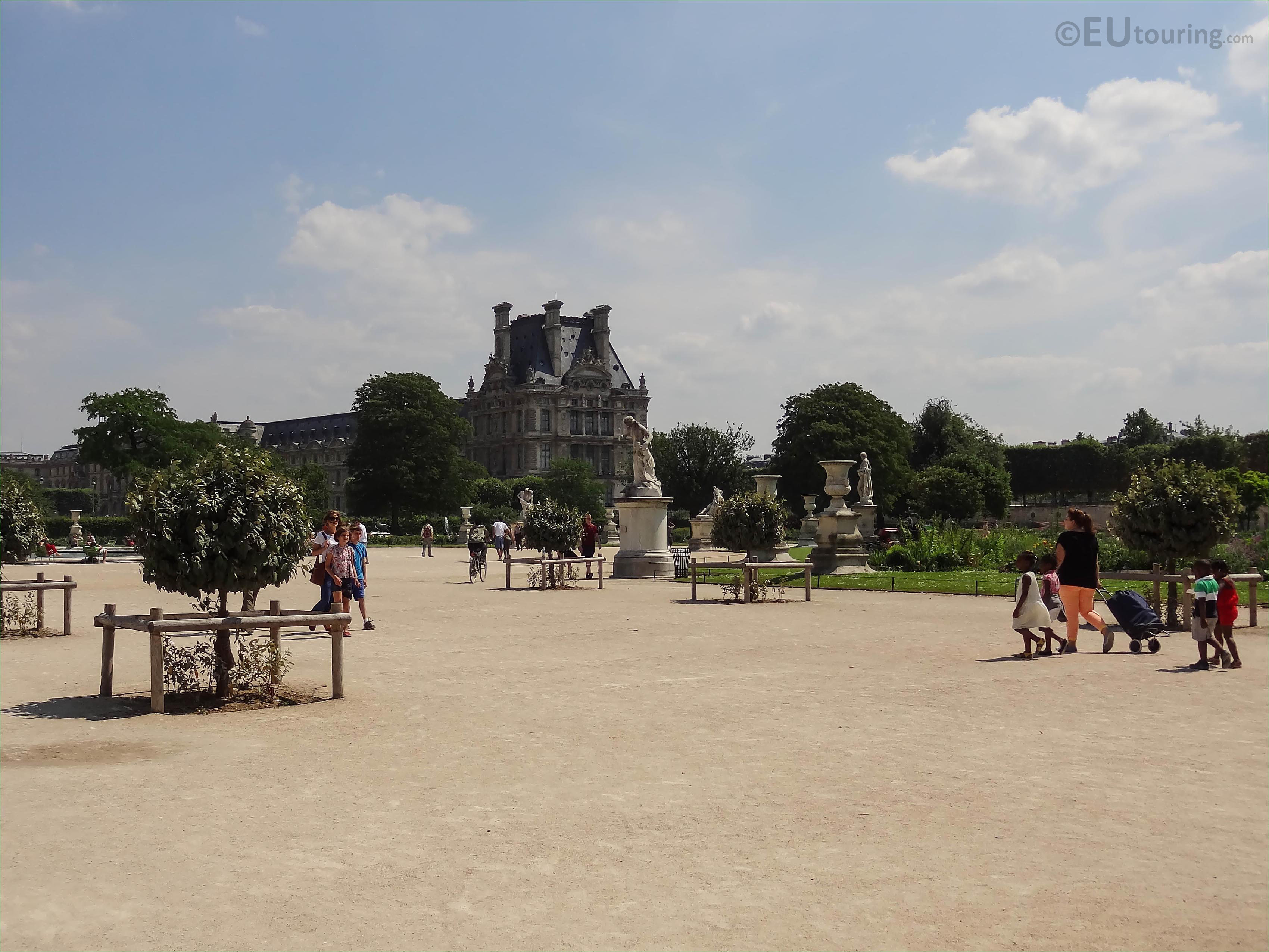 Map Of Attractions And Photos Inside Tuileries Gardens In Paris Page 1