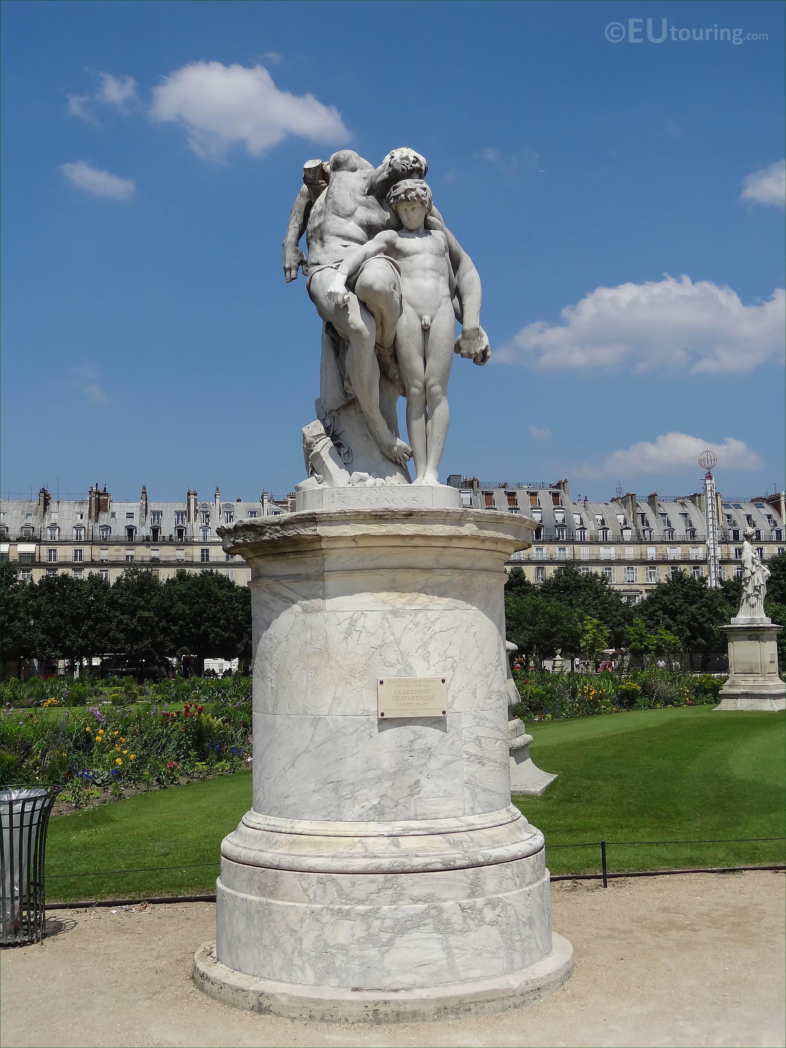 ne grand carre area - Tuileries Garden