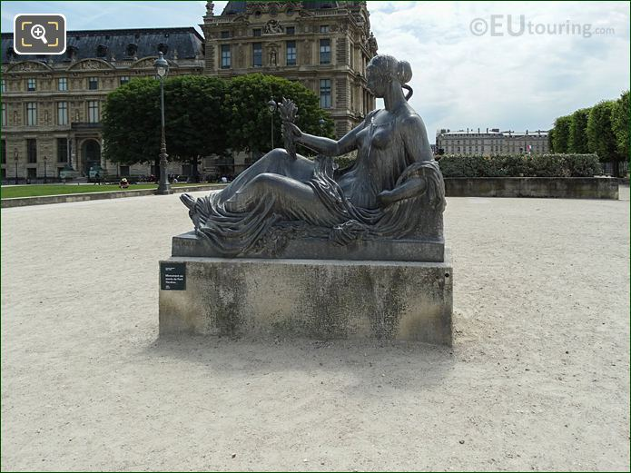 The Monument To The Dead Of Port Vendres In Jardin Des Tuileries Looking South