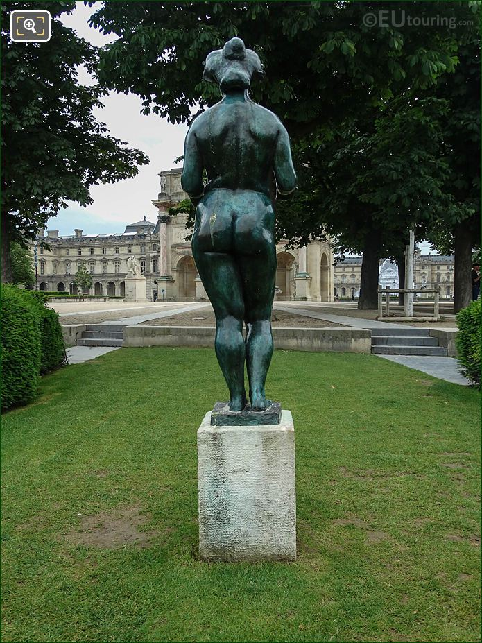 Roman Goddess Of Fruit Statue In Tuileries Gardens Looking North East