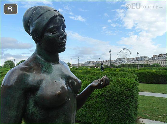 Maillol Statue, Hedges Jardin Des Tuileries Looking N