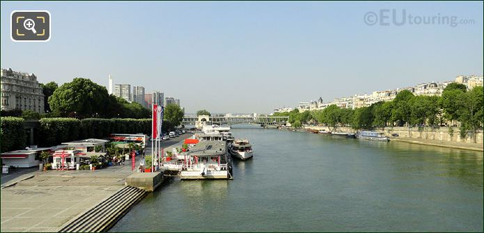Vedettes De Paris On The River Seine