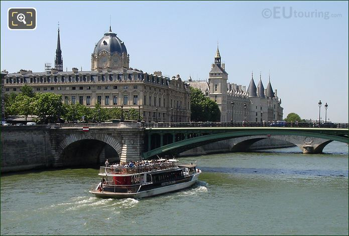 Photo Of Vedettes De Paris Boat Trips In Paris