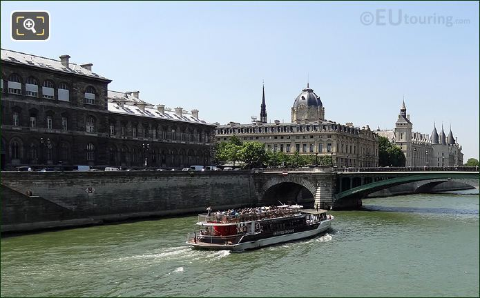 Photo Of Vedettes De Paris Boat Trips In Paris
