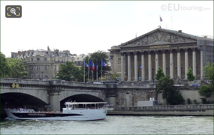 Vedettes De Paris Boat With Palais Bourdon