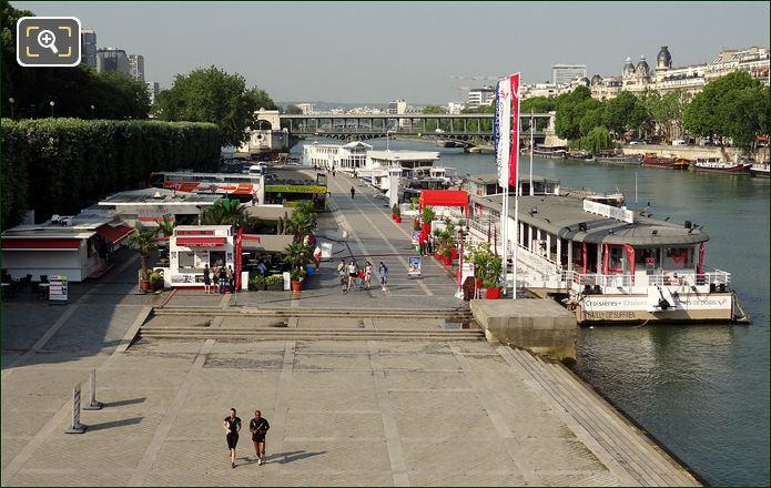 Vedettes De Paris Dock