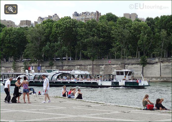 Vedettes Du Pont Neuf Cruise Boat Europa