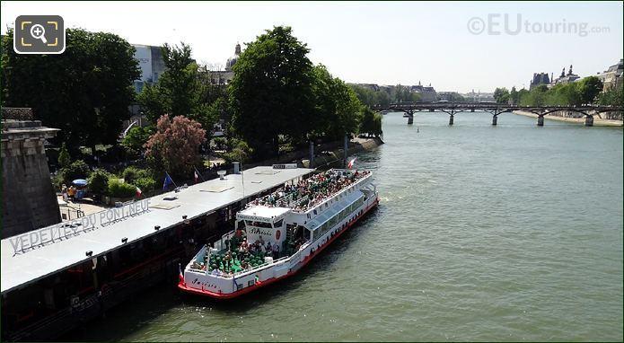 Vedettes Du Pont Neuf Promenade