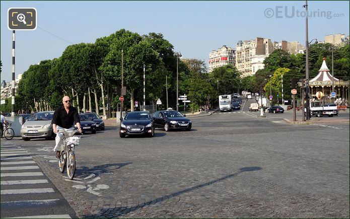 Velib Bike At Pont d'Iena