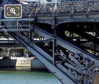 Viaduc d Austerlitz Mouldings