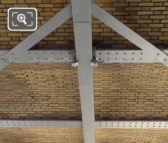 Viaduc d Austerlitz Brick Detail