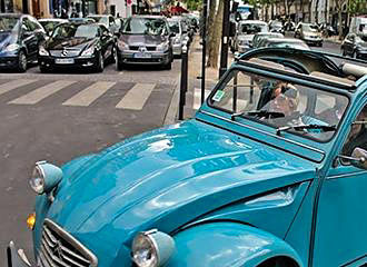 Paris Vintage 2CV Tours